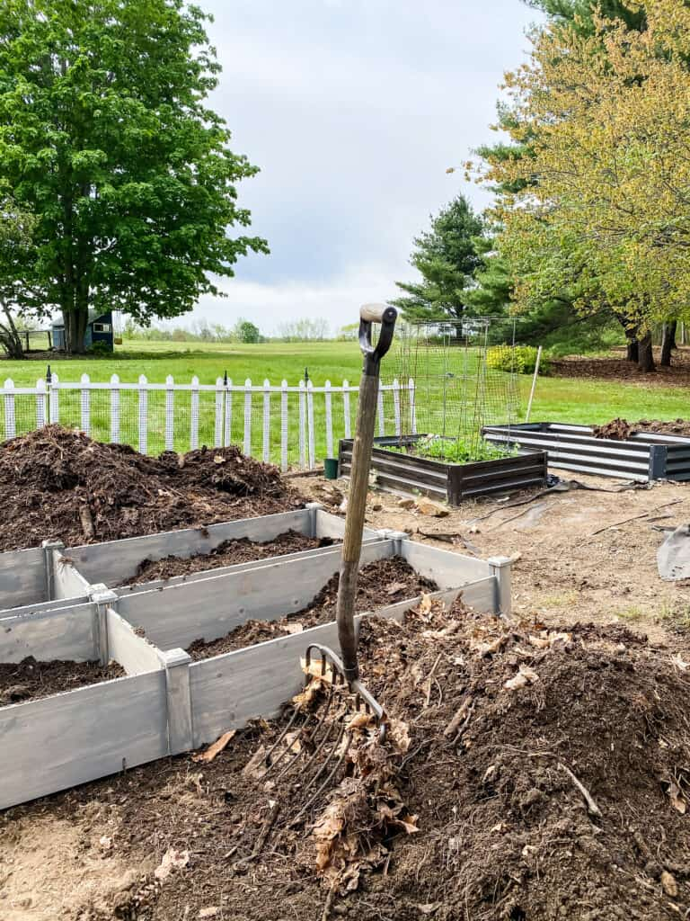 using compost in raised garden beds