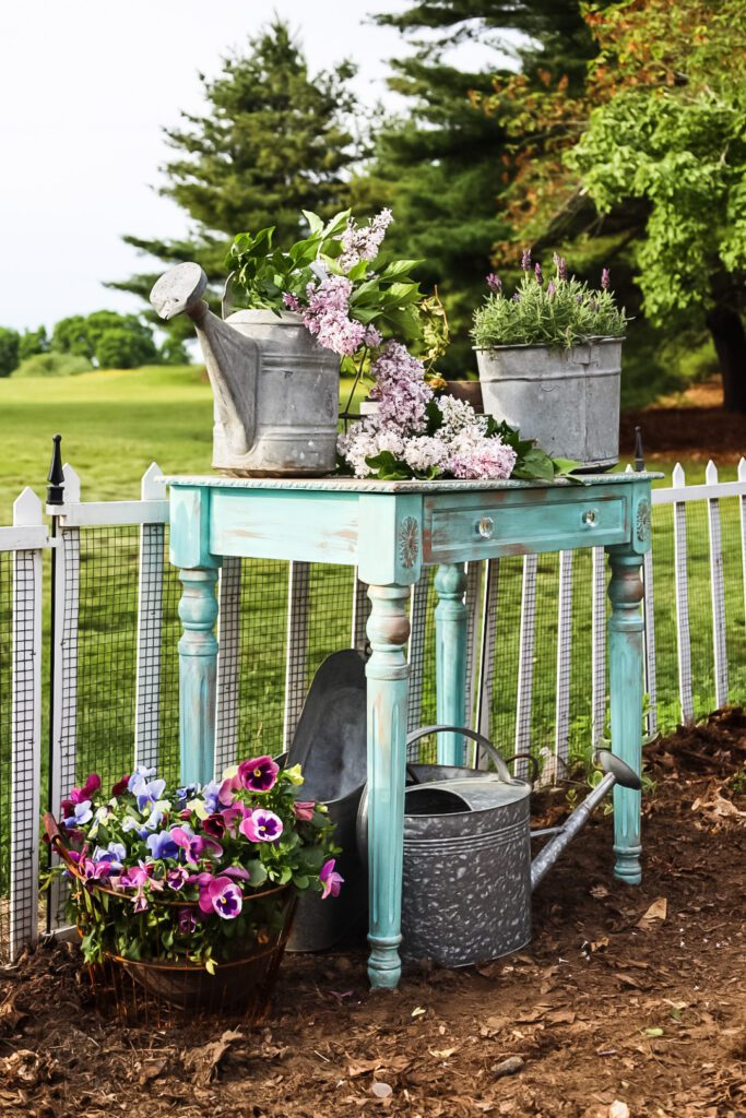 french country potting bench