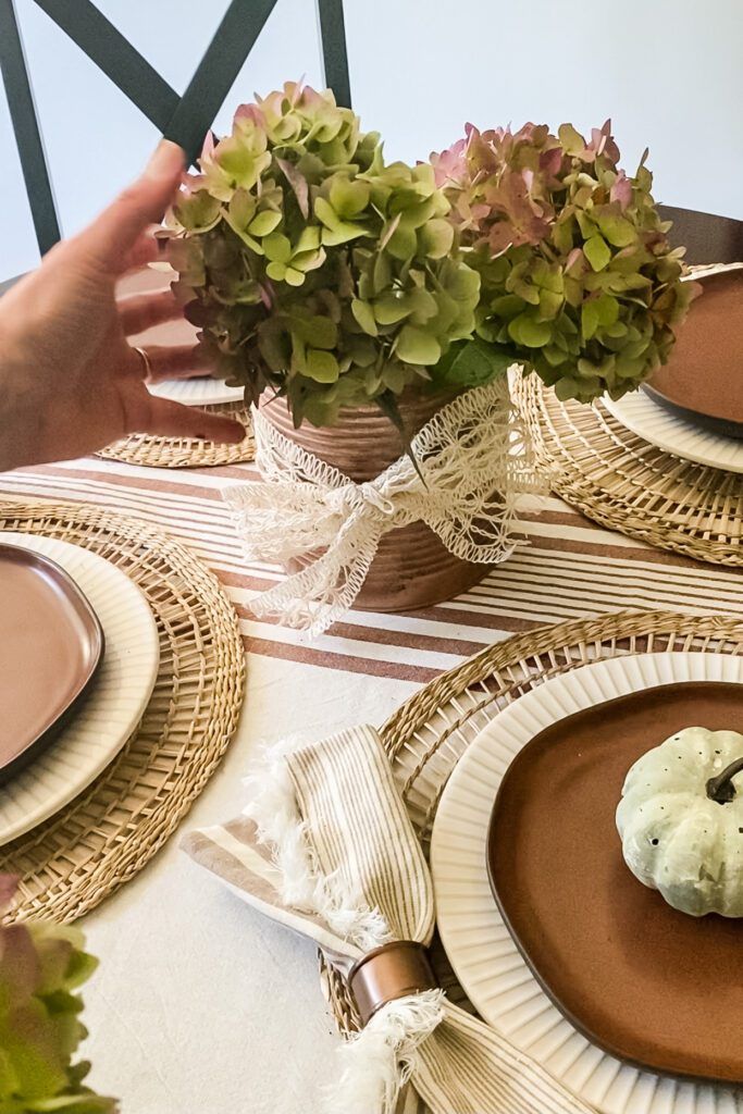 fall tablescape with hydrangeas