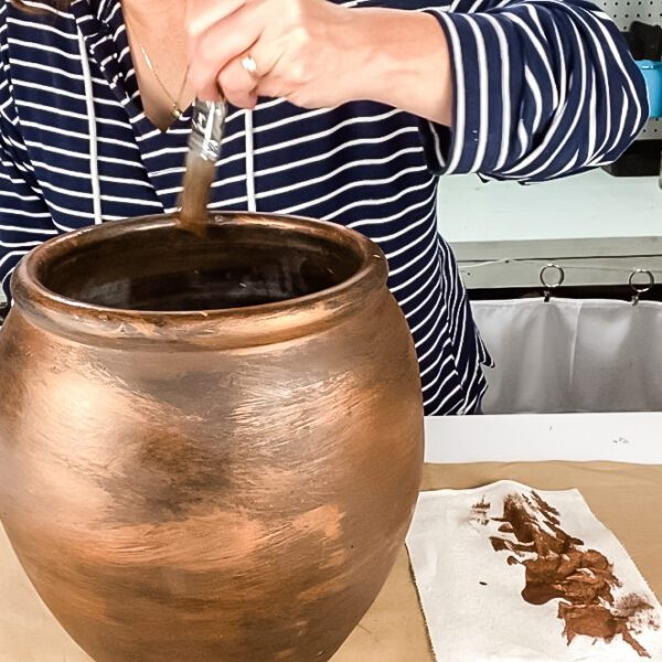 Painting a pottery barn dupe vase